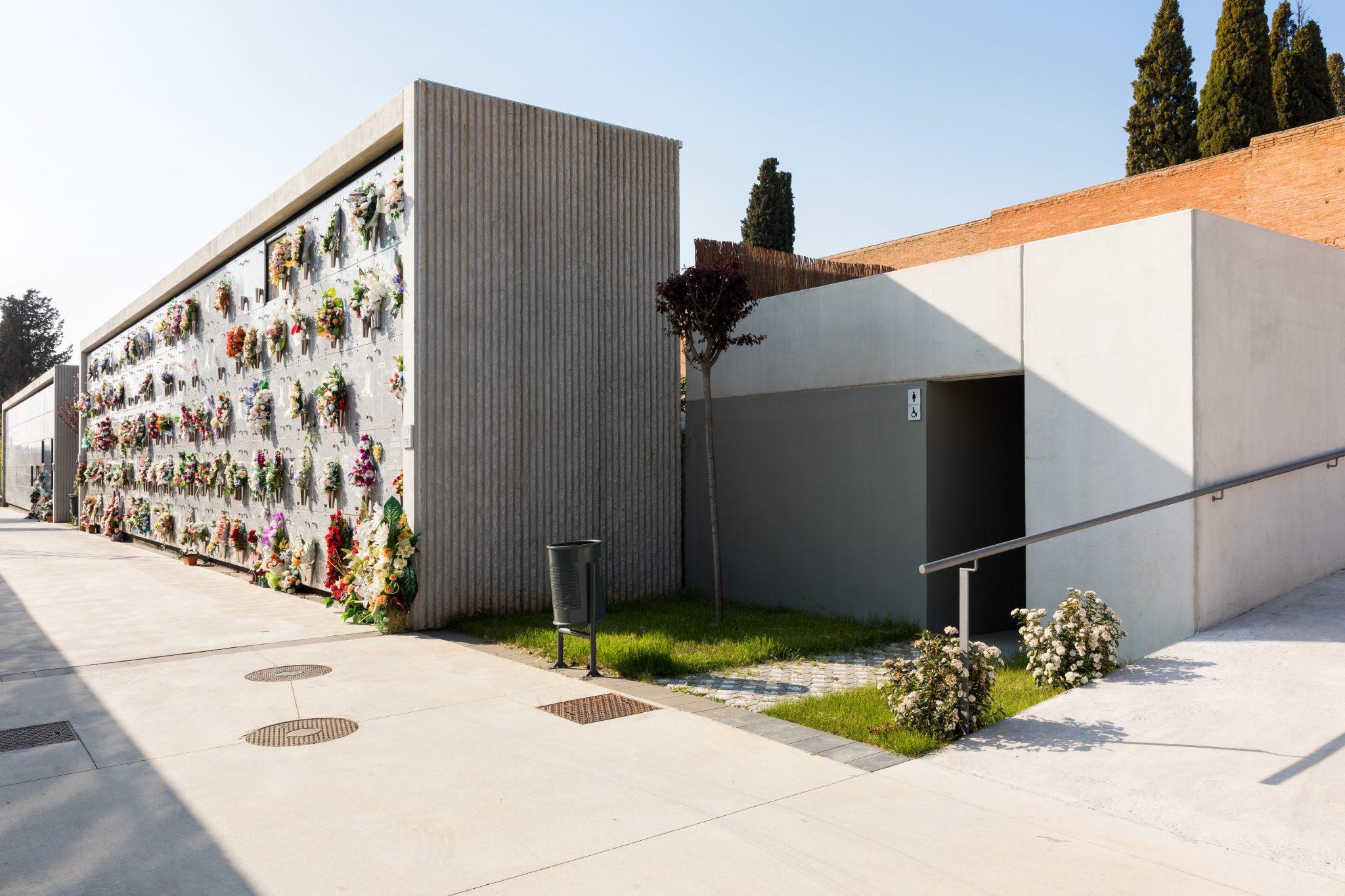 Cementerio de sabadell barcelona cementerios vivos for Horario oficinas sabadell